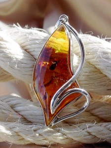 pendants silver and baltic amber jewellery