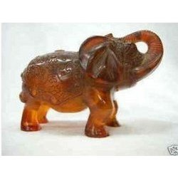 Rare exquisite amber carved elephant statue adornment
