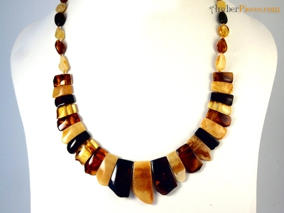 genuine baltic amber necklace choker multi color flat pieces 47 cm 18 inches. Black Bedroom Furniture Sets. Home Design Ideas