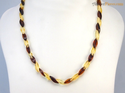 baltic amber necklace lemon color cherry edged overlapping beads 47 cm 18 inches. Black Bedroom Furniture Sets. Home Design Ideas